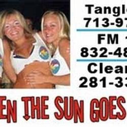Bikinis beach and dance club