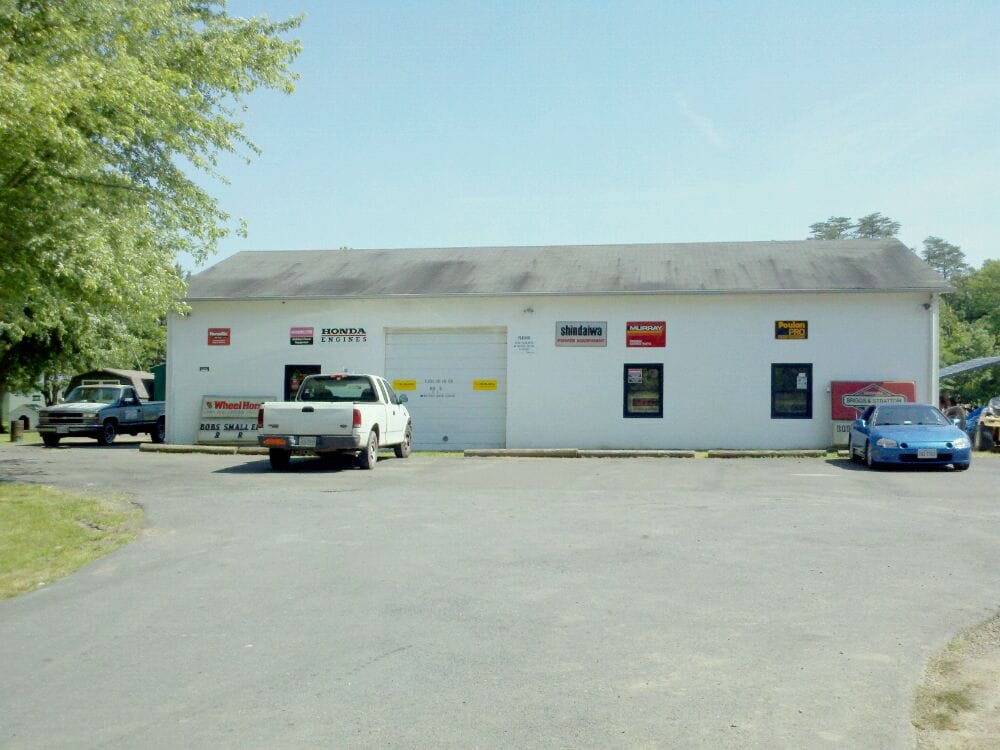 Bob's Small Engine Repair: 16240 Kelleys Ford Rd, Remington, VA