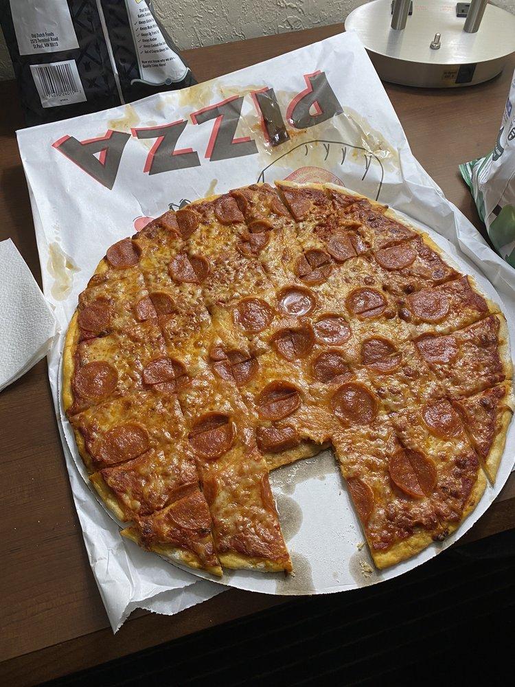 Pizza King Joe: 400 Silver St, Ironwood, MI