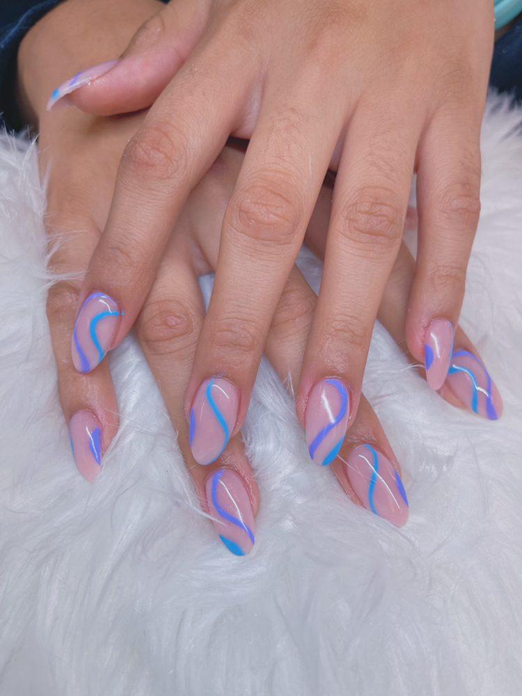 SkyLab Nails & Spa: 611 Walnut St, Chico, CA