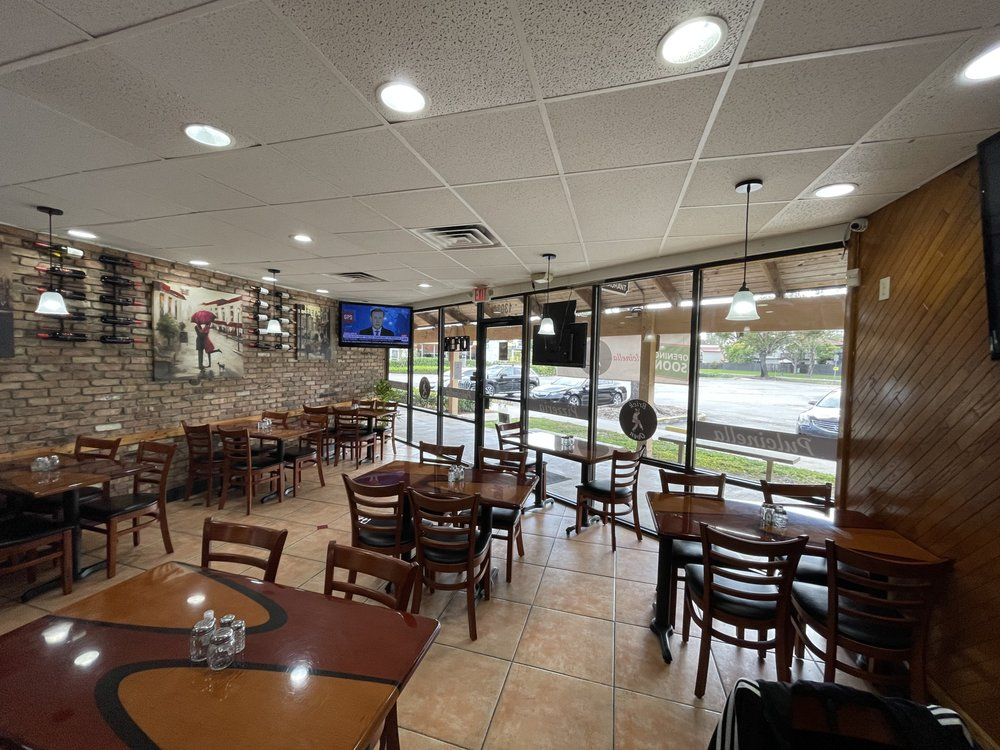 Pulcinella Pizzeria: 13035 SW 112th St, Miami, FL