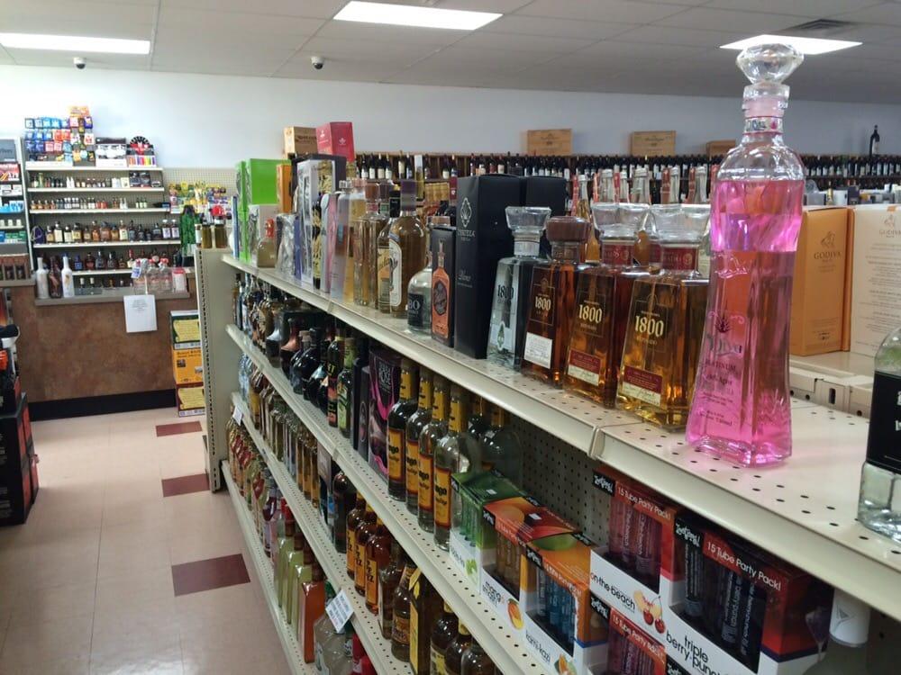 Bombay Wine & Spirits: 7884 Mexico Rd, Saint Peters, MO