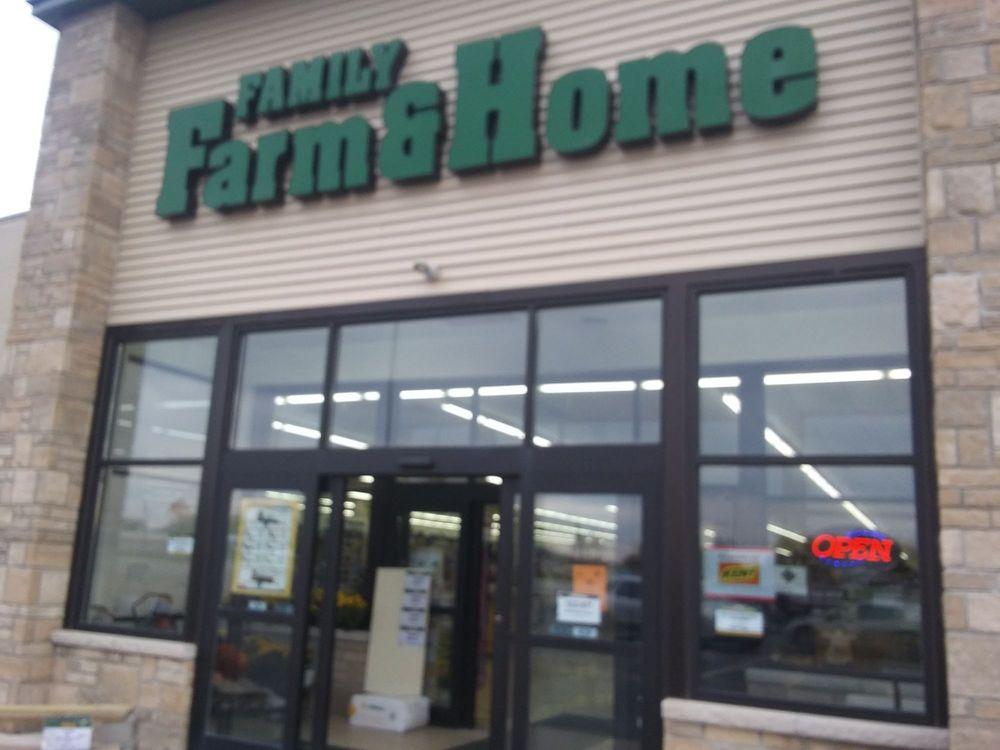 Family Farm and Home: 760 N Van Dyke Rd, Bad Axe, MI