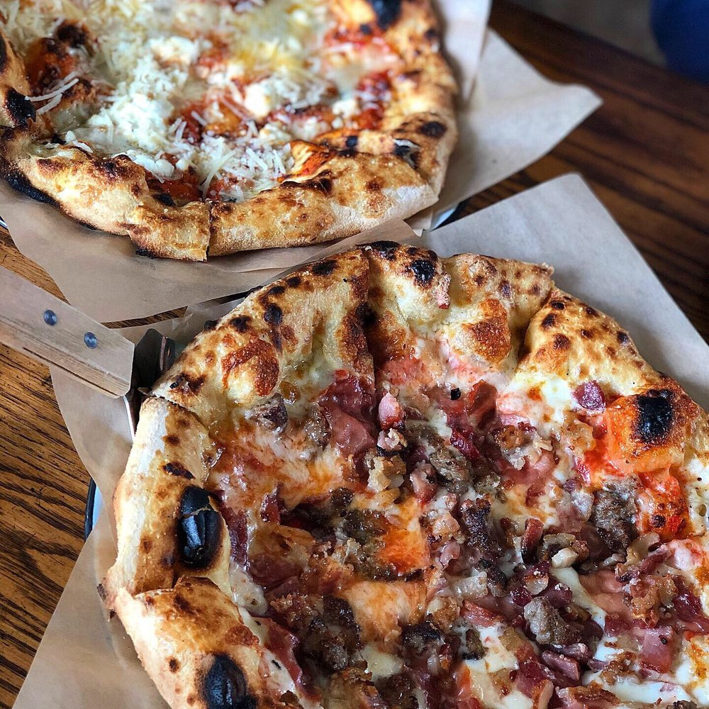 Frontager's Pizza: 21 Seabrook Ave, Pacific Beach, WA