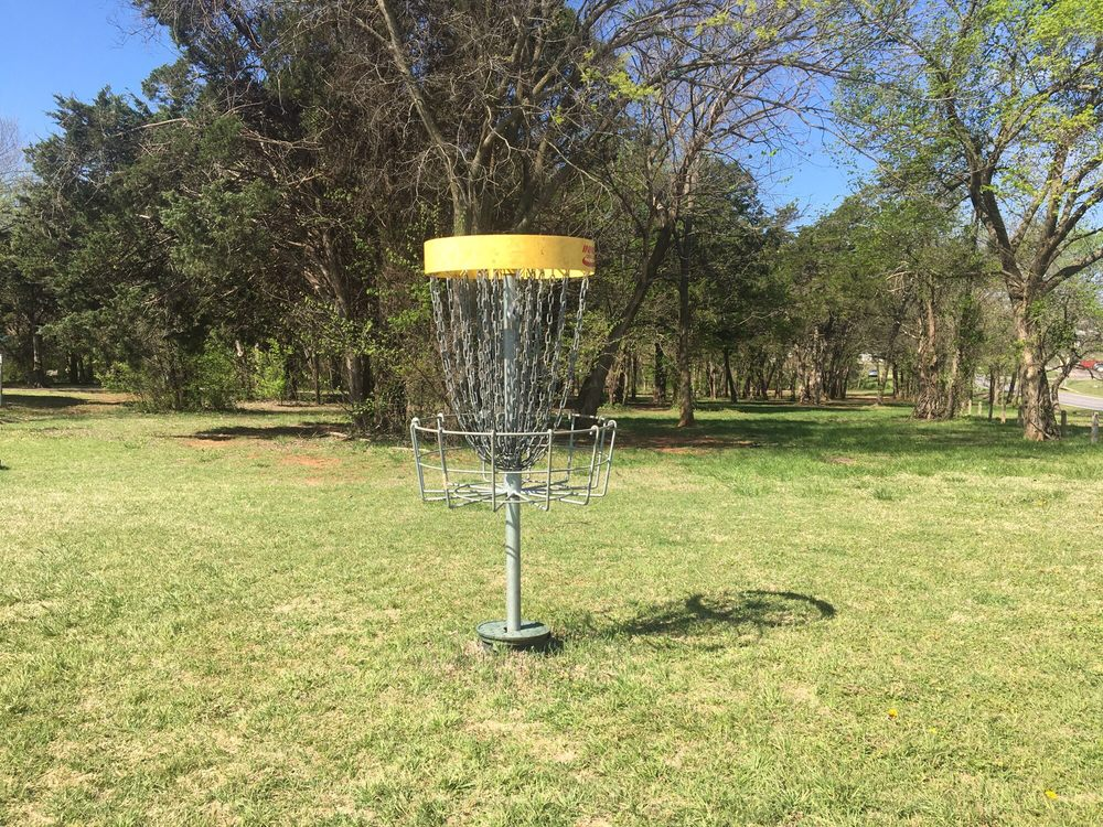 Noble Disc Golf Course: 1000 E Maguire Rd, Noble, OK