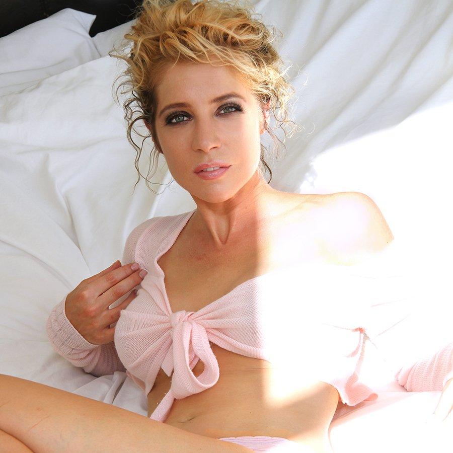 Marta karlsson porr porr kontakt