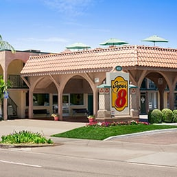 Location. Super 8 by Wyndham Anaheim/Disneyland Drive is located in Anaheim, California, mile from Disneyland® Resort and miles from Anaheim Convention mediabroadqc.cf hotel within walking distance of Disneyland® Resort's tram service. Hotel Features/5().