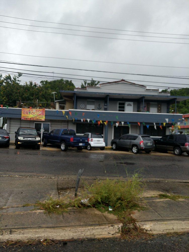 Gustitos Criollos: Carretera 2 Km 65.9, Arecibo, PR