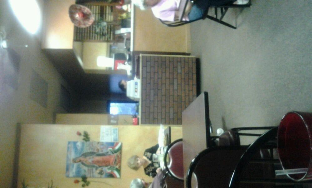 LaCosta Mexican Restaurant: 814 Old Peavine Rd, Crossville, TN