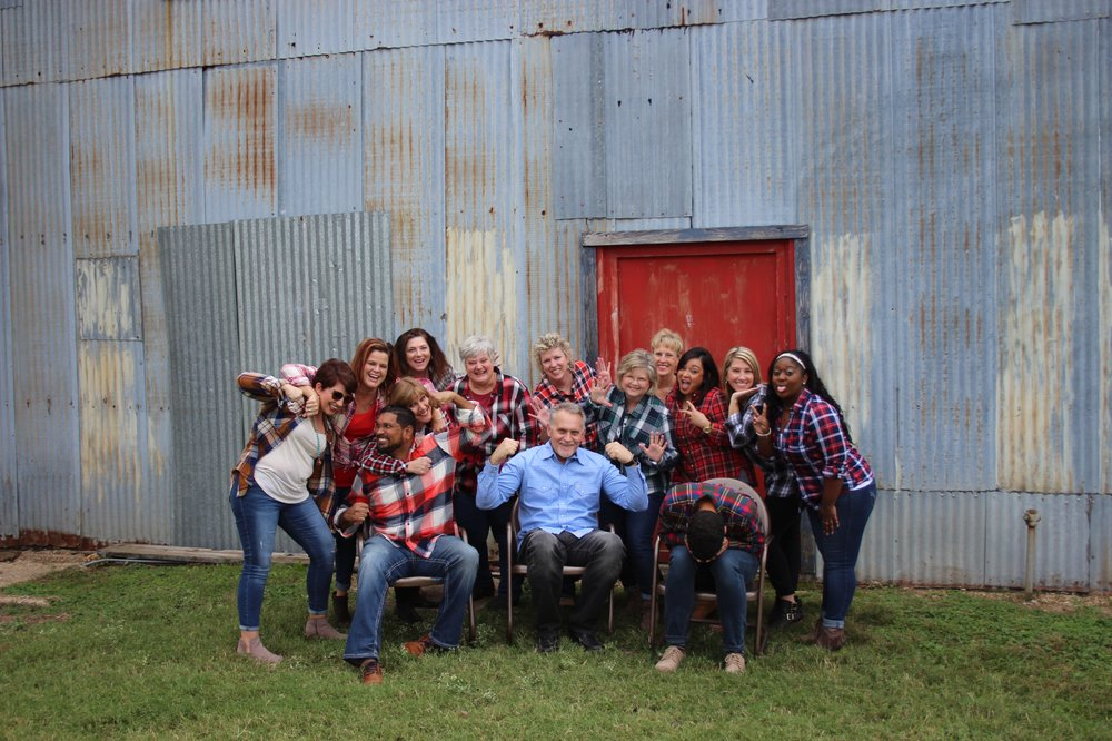 Dyer Greg, DDS - Dr.'s Dyer and Kolath: 820 E Cartwright Rd, Mesquite, TX