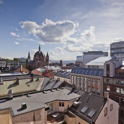 foto de thon hotel munch oslo noruega utsikt fra mange av vre rom