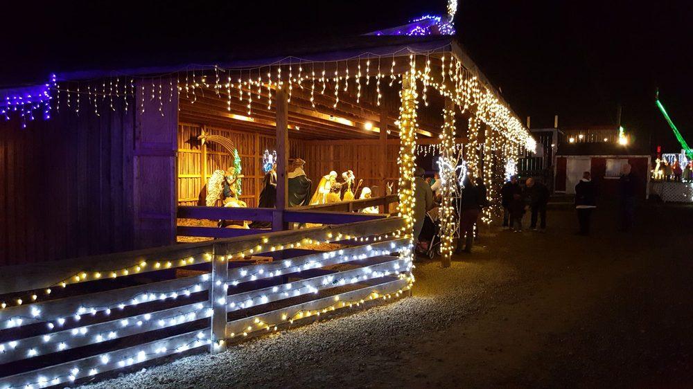 The christmas ranch: 3205 S Waynesville Rd, Morrow, OH
