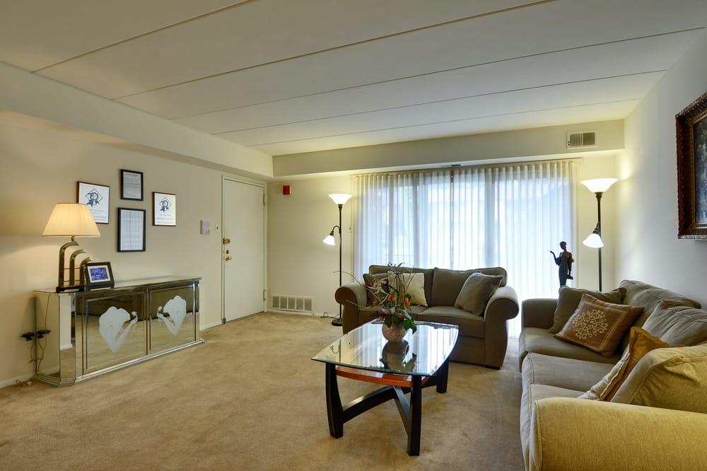ambassador ii apartments 14 fotos wohnung 828 red lion rd somerton philadelphia pa. Black Bedroom Furniture Sets. Home Design Ideas