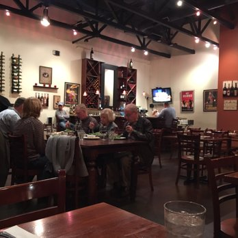 Via roma pizzeria con cucina 199 photos 247 reviews italian 1230 sunset blvd rocklin - Pizzeria con giardino roma ...