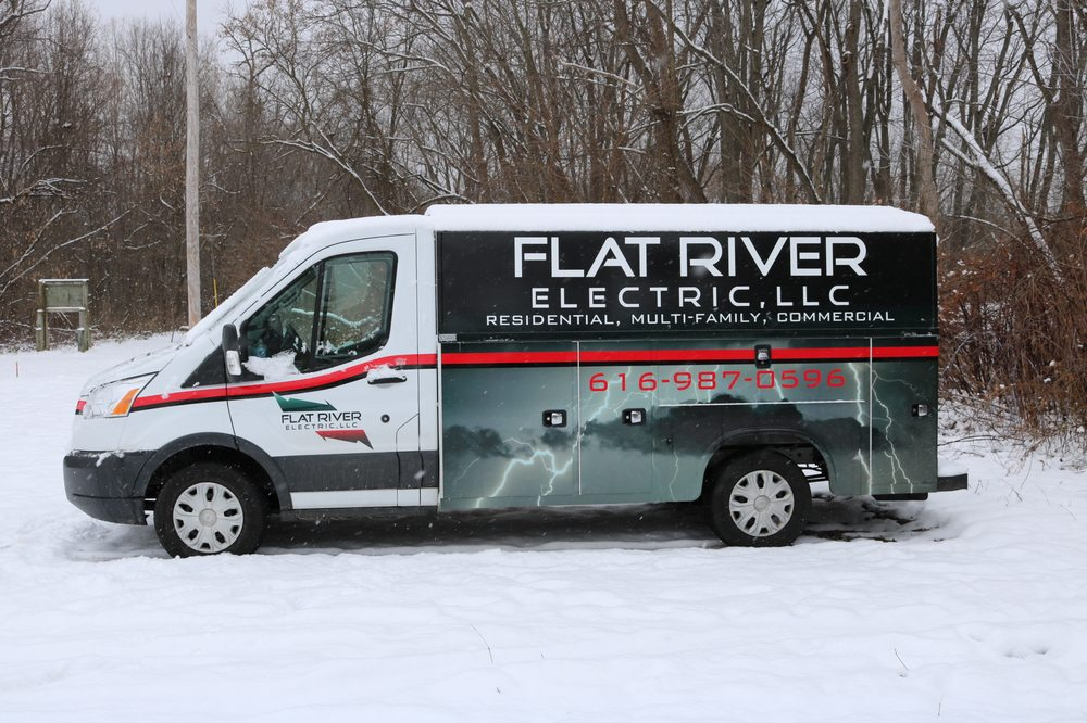 Flat River Electric: 218 S Washington St, Lowell, MI