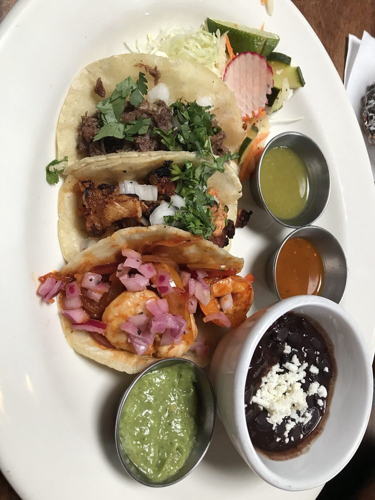 Food from El Callejon Taqueria and Grill
