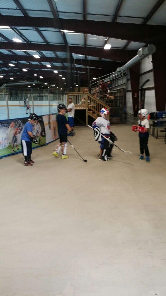 Youth dek hockey every Saturday morning - Yelp