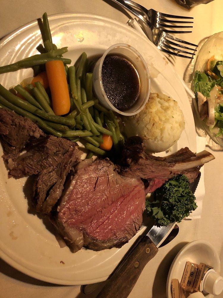 Reds Restaurant: 12005 State Rt 9W, West Coxsackie, NY
