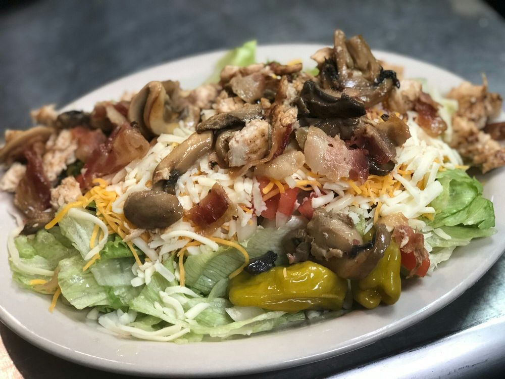 River City Bar & Grille: 2621 Bailey Rd, Cuyahoga Falls, OH