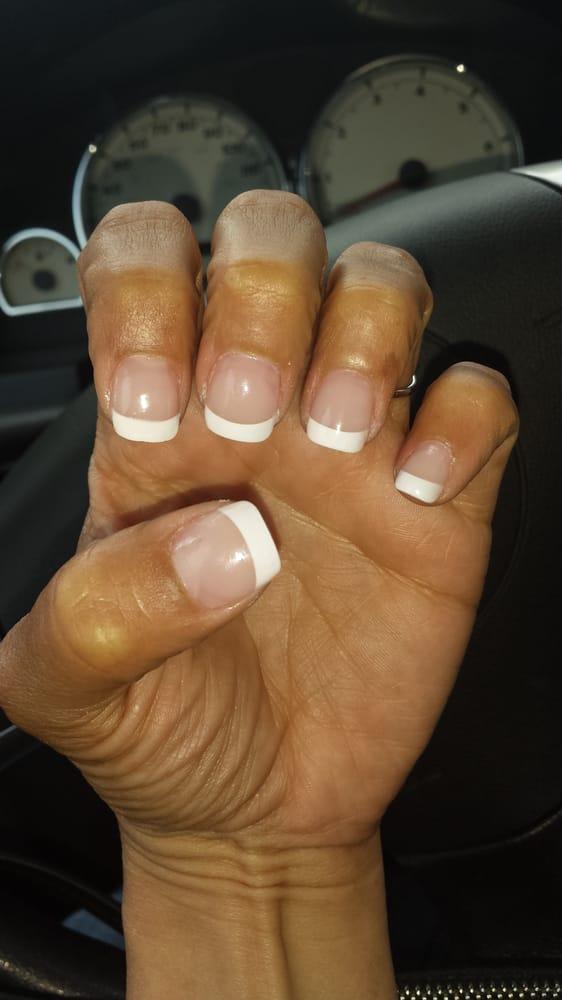 Nails 2000 nail salons e oxford valley mall for Nail salon oxford