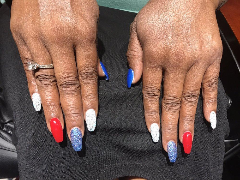 Seduire Nails: 3526 SE 52nd Ave, Portland, OR
