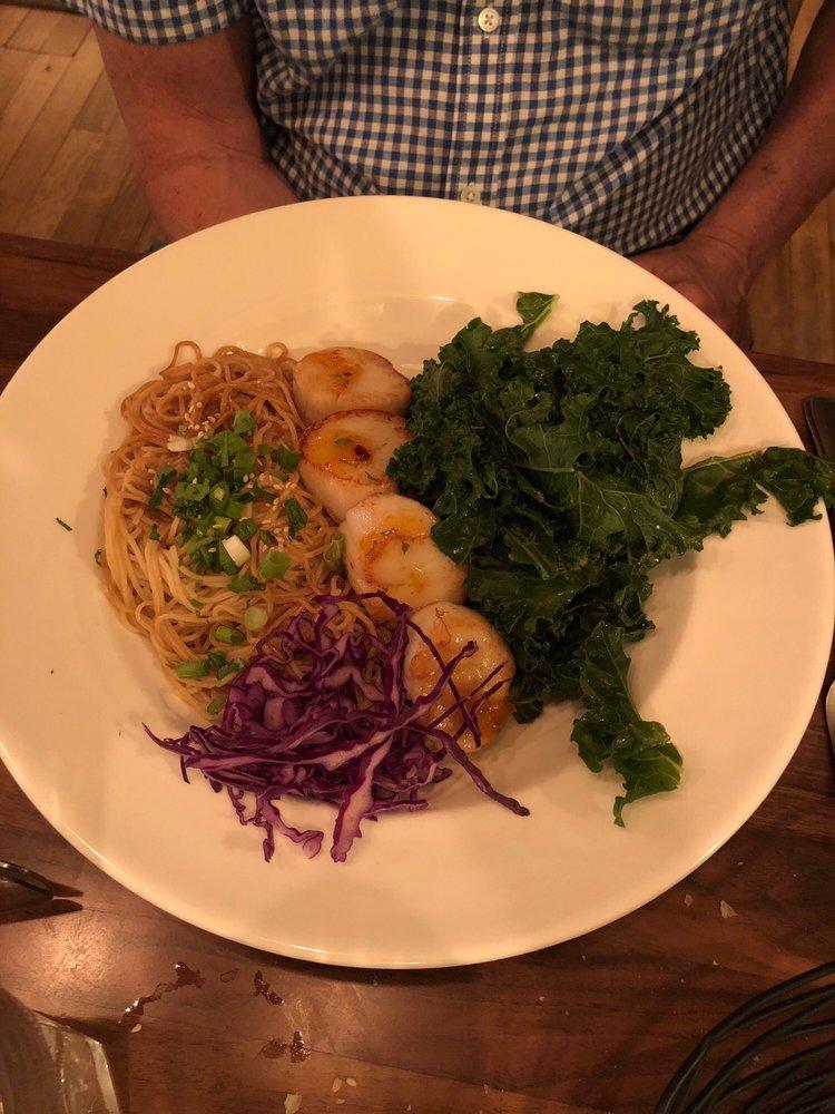Inn Kitchen + Bar: 28 Shepard Hill Rd, Holderness, NH