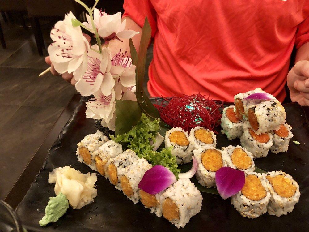 Umami Sushi & Bar: 1957 Middle Country Rd, Centereach, NY