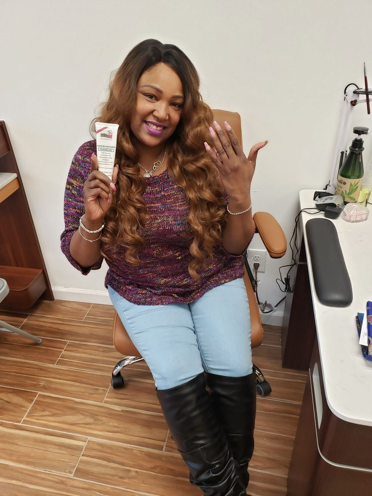 Happy Color Nails: 286 Burnside Ave, Lawrence, NY