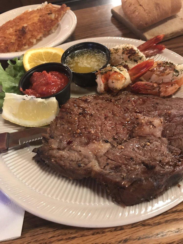 Patrick's Fine Dining: 200 Patrick Pl, Longville, MN