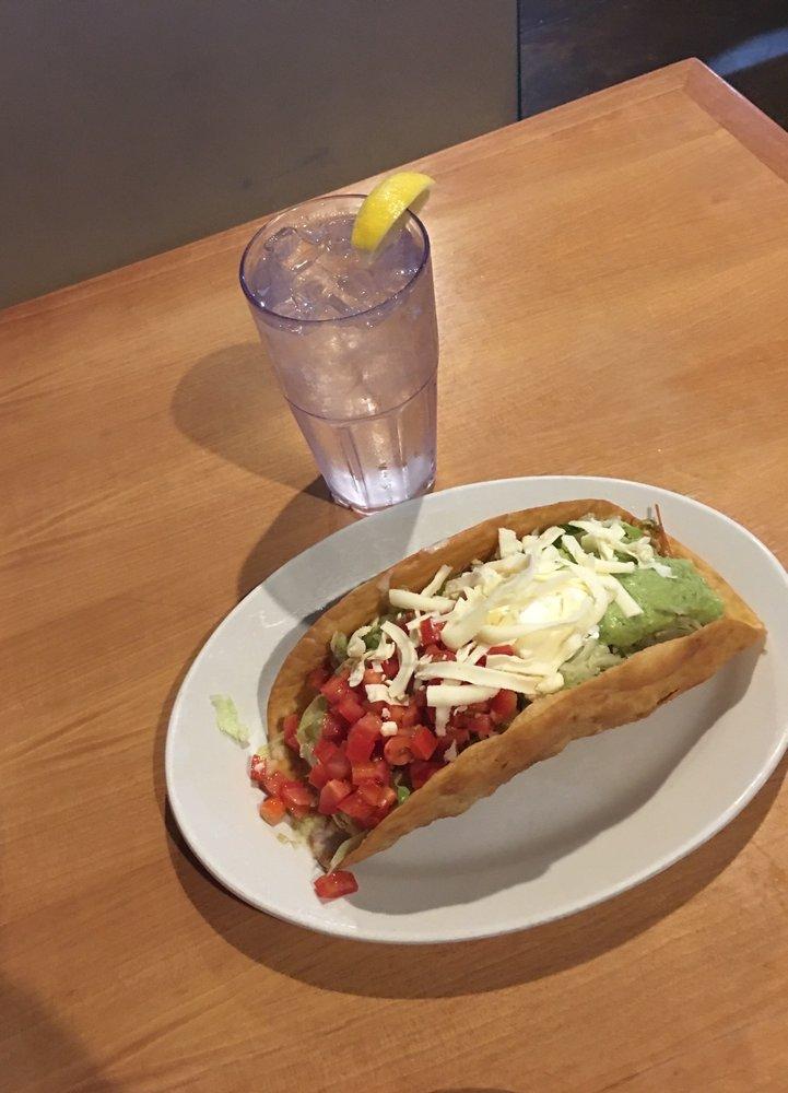 El Nopal Mexican Restaurant: 7700 Hwy 64, Oakland, TN
