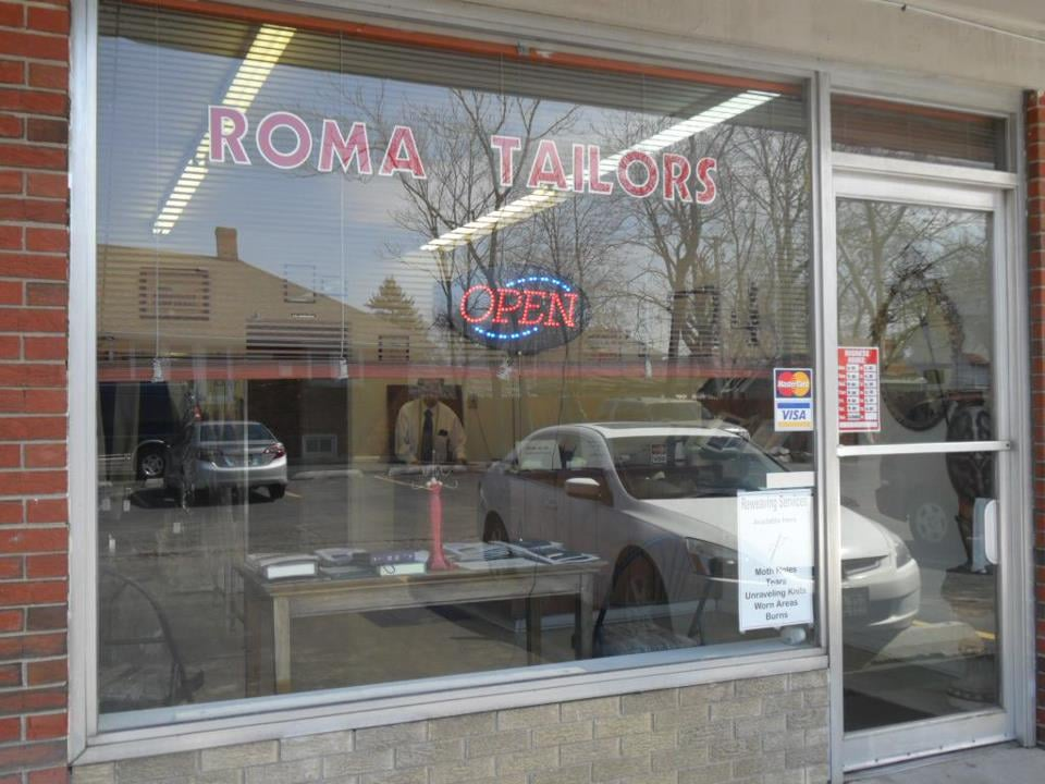 Roma Tailors: 276 W Lincoln Hwy, Chicago Heights, IL
