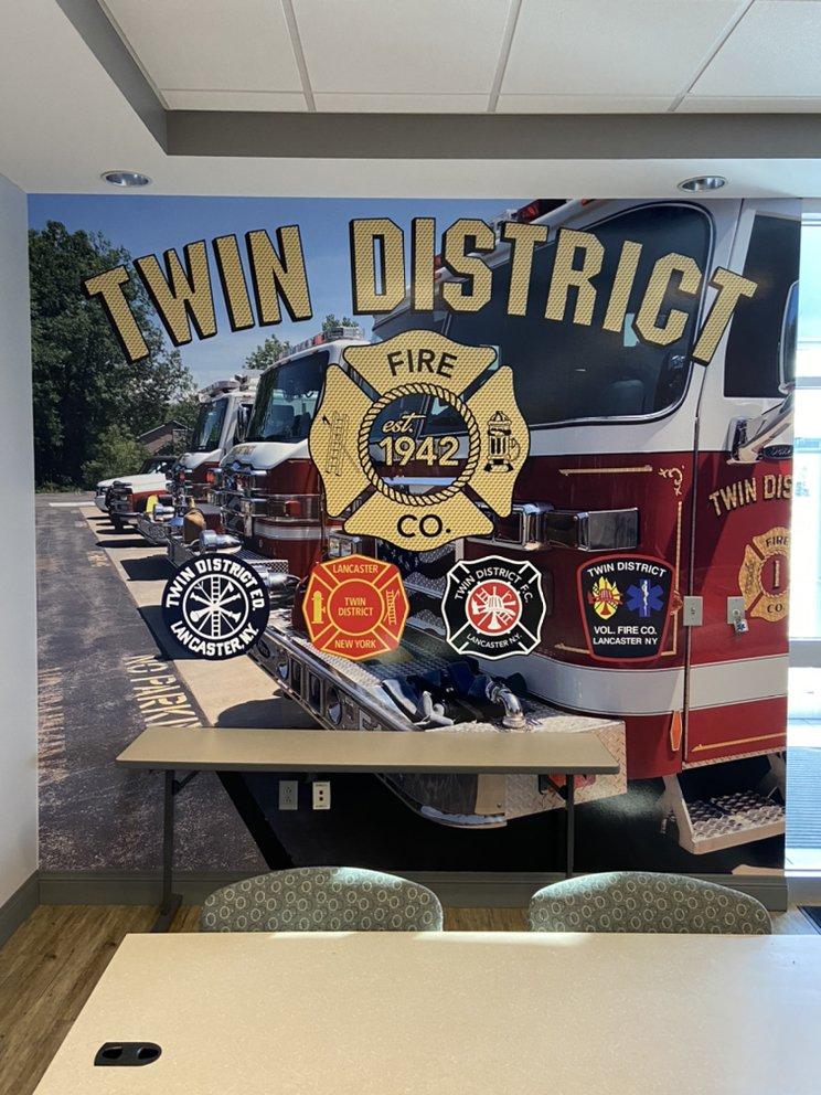 Wilde Art Custom Vinyl Graphics: 63 Central Ave, Lancaster, NY