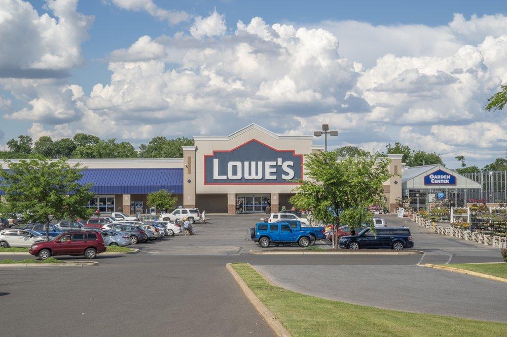 Lowe's Home Improvement: 5005 Edgemont Ave, Brookhaven, PA