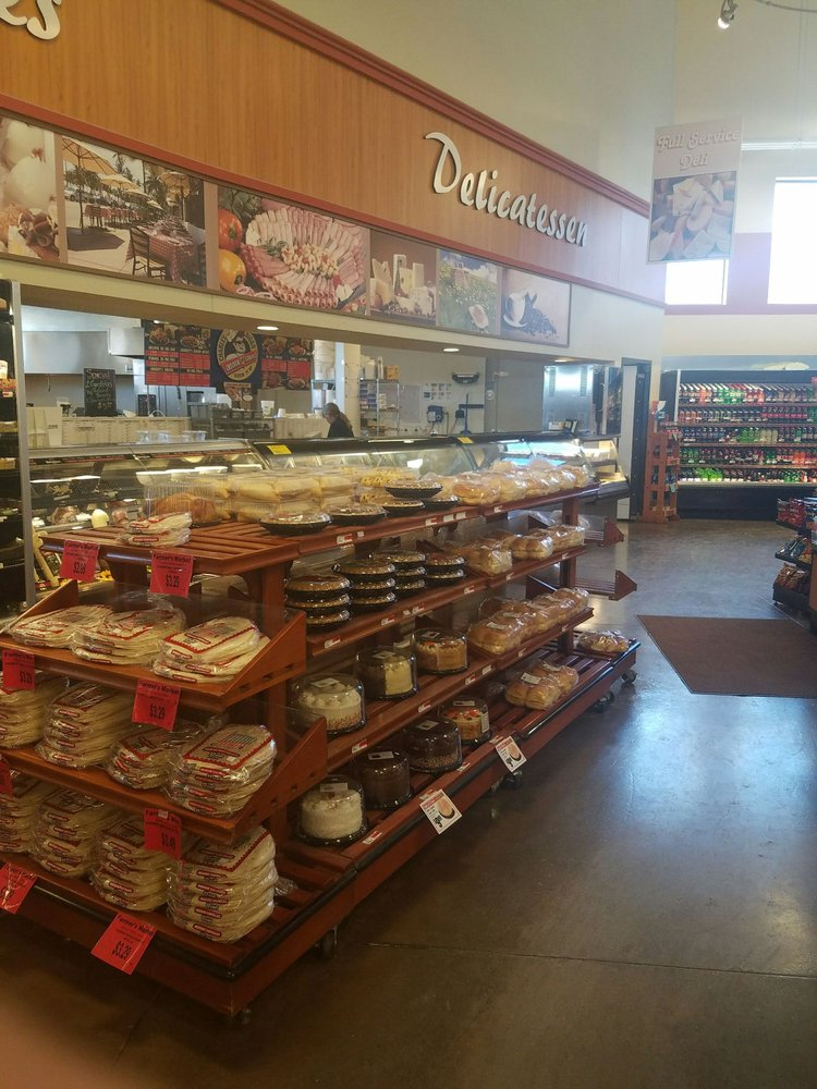 Farmer's Market: 816 Hwy 516, Flora Vista, NM