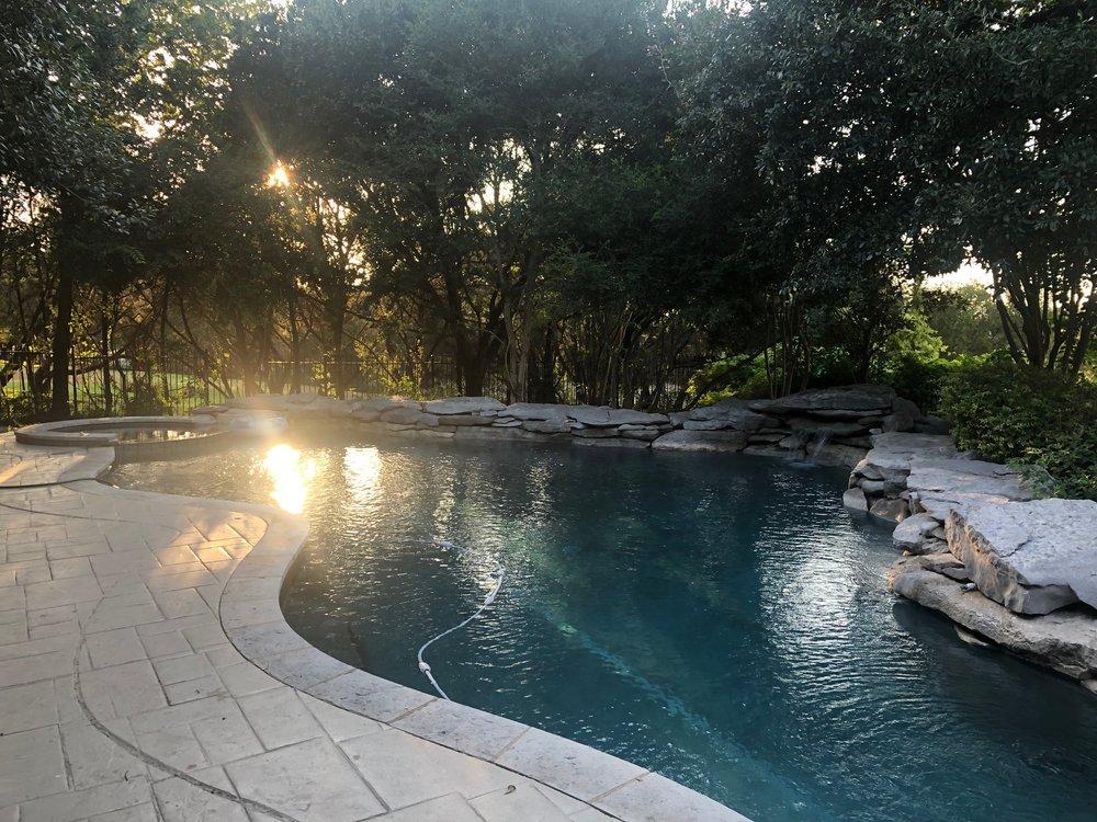 Lakeway Pool Maintenance: Lakeway, TX