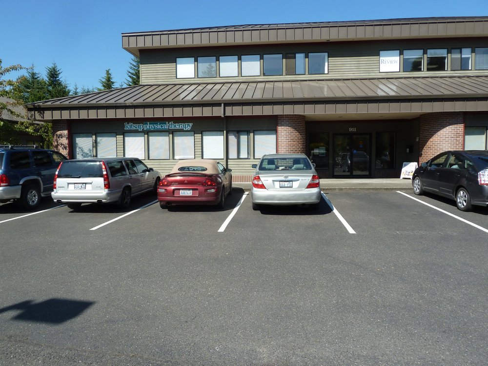 Kitsap Physical Therapy & Sports Clinic: 911 Hildebrand Ln NE, Bainbridge Island, WA