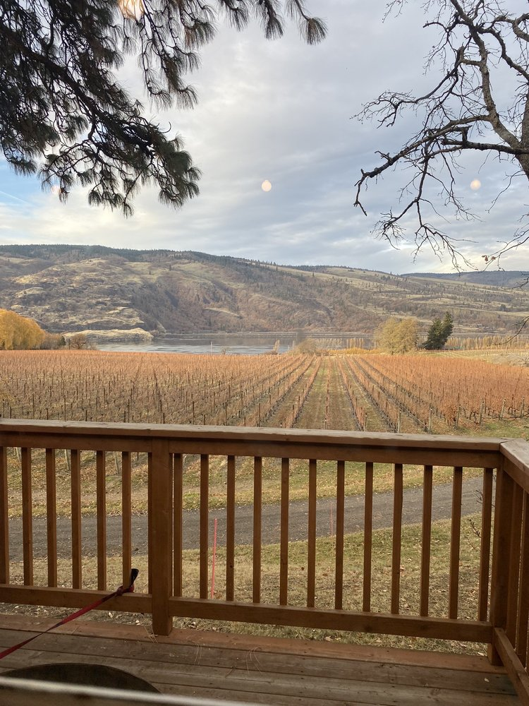 Garnier Vineyards: 8467 Hwy 30 W, Mosier, OR
