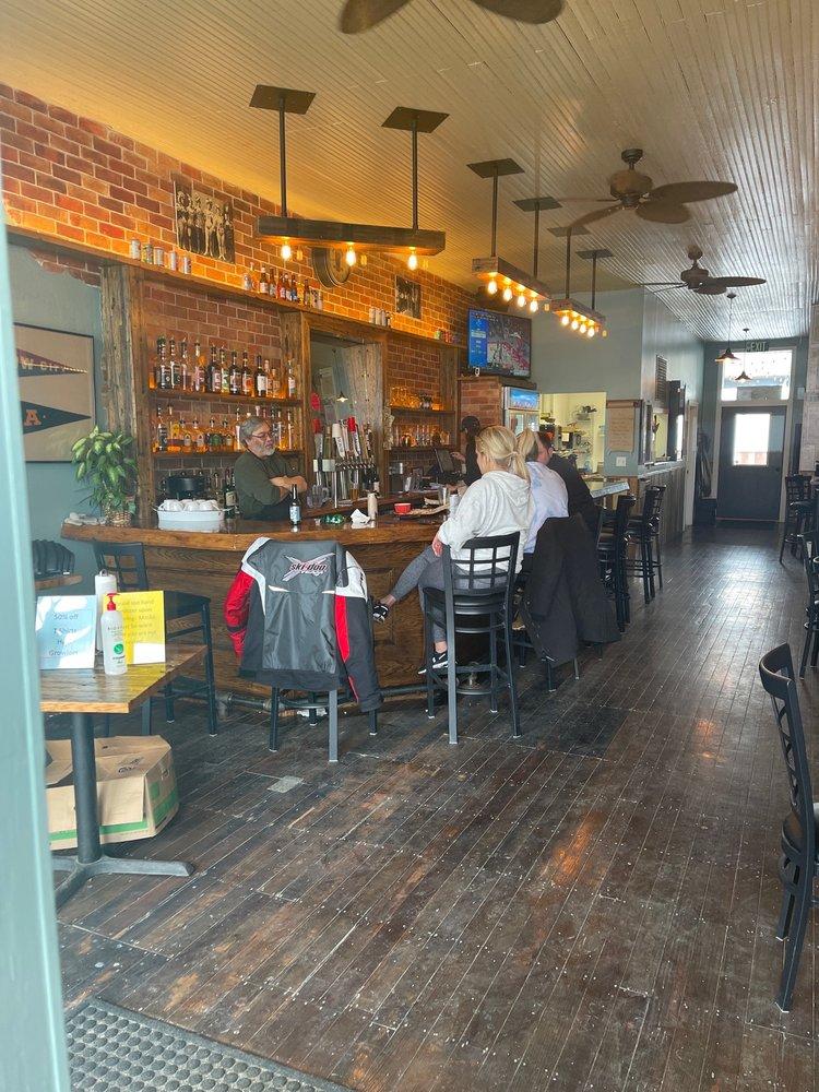 O'Meara's: 107 Franklin St, Dow City, IA