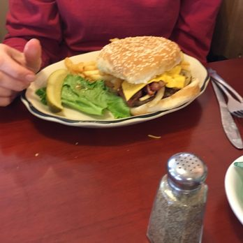 Four Star Family Restaurant - American (Traditional) - 1011 8th ...