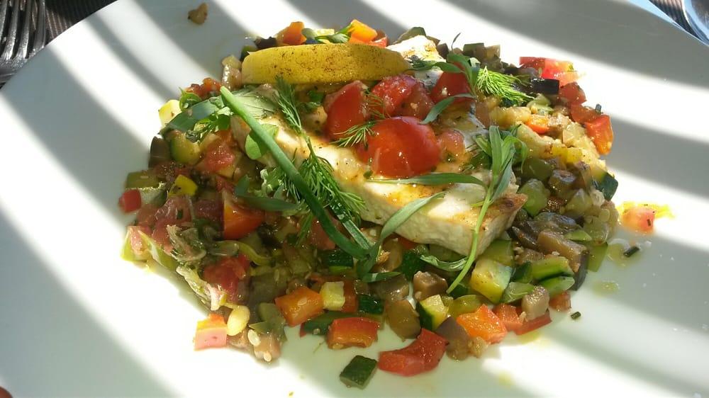 La petite cuisine mediterranean avenue du revestel for Petite cuisine restaurant