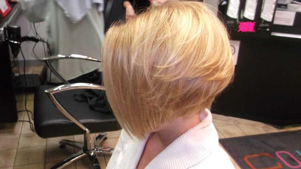 Couleur coiffure coiffeurs salons de coiffure 2 for Samantha oups au salon de coiffure