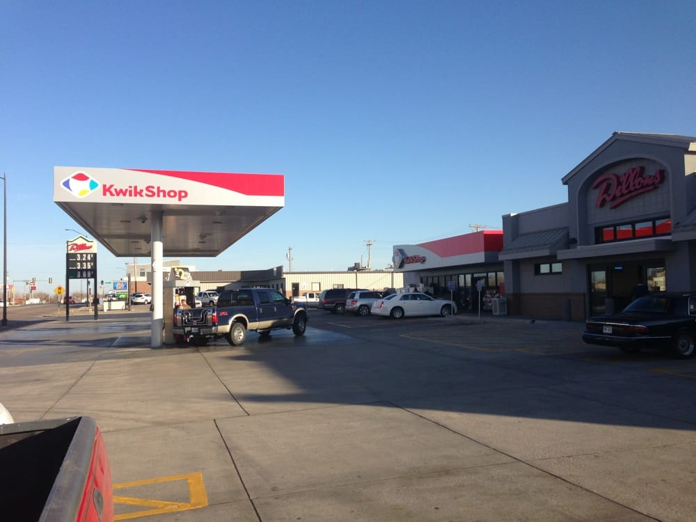 Kwik Shop: 203 W Kansas Ave, Greensburg, KS