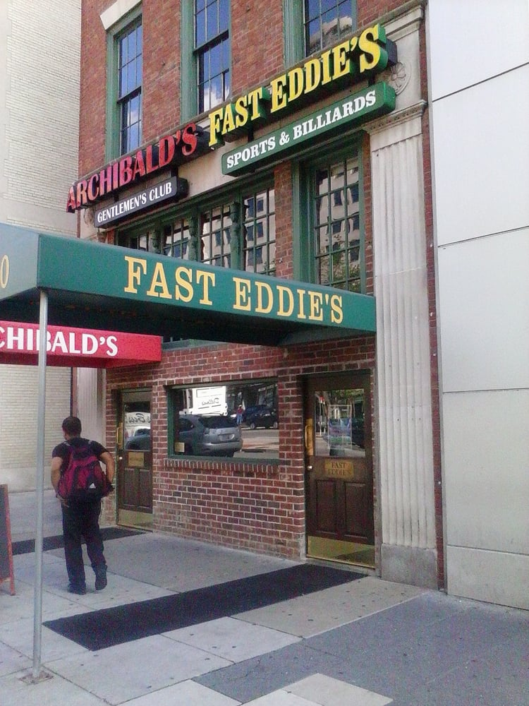 Fast Eddie's Billiard Cafe