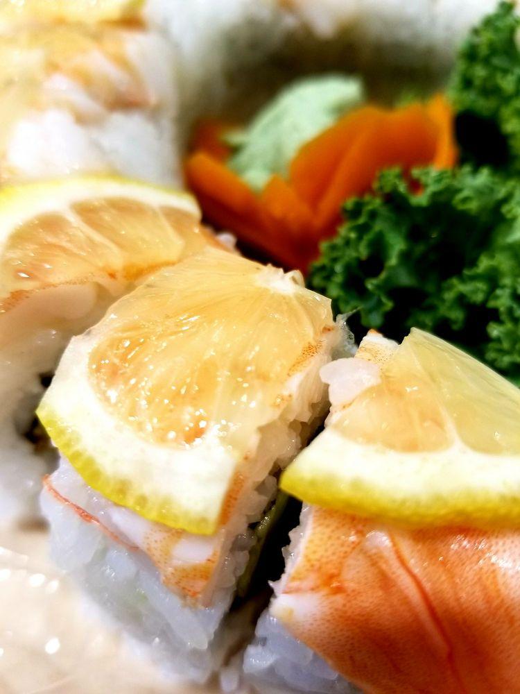 Bangkok Thai and Sushi: 2103 Calumet Ave, Valparaiso, IN