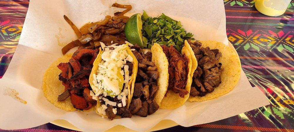 La Lupita Taco Restaurant: 6622B Pinemont Dr, Houston, TX