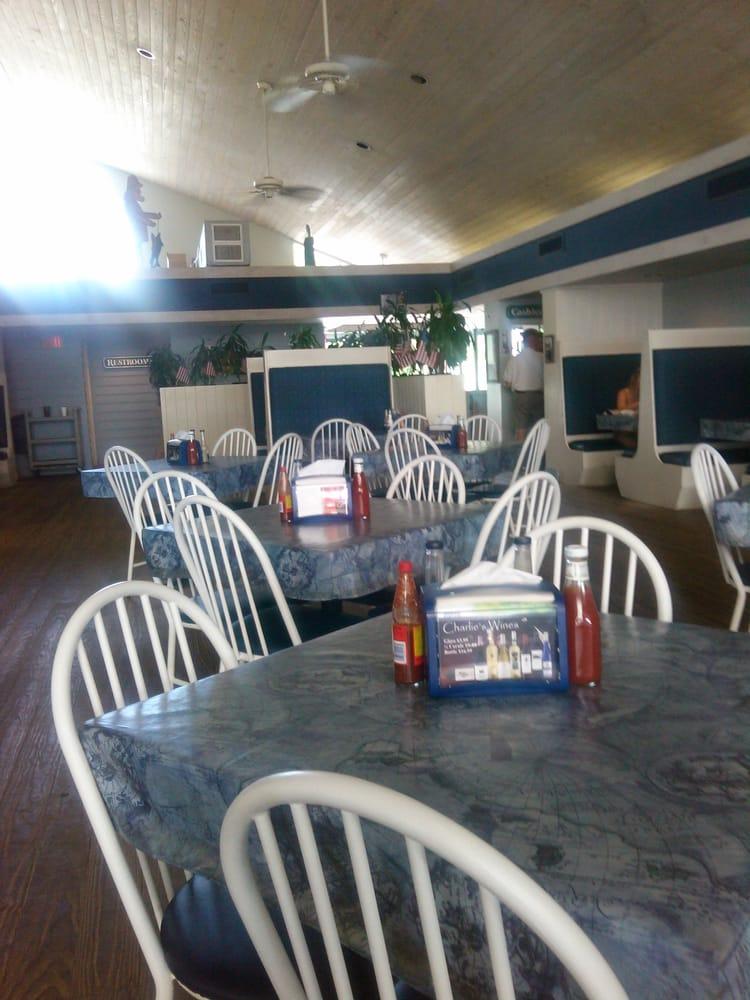 Charlie S Restaurant Crystal River Fl