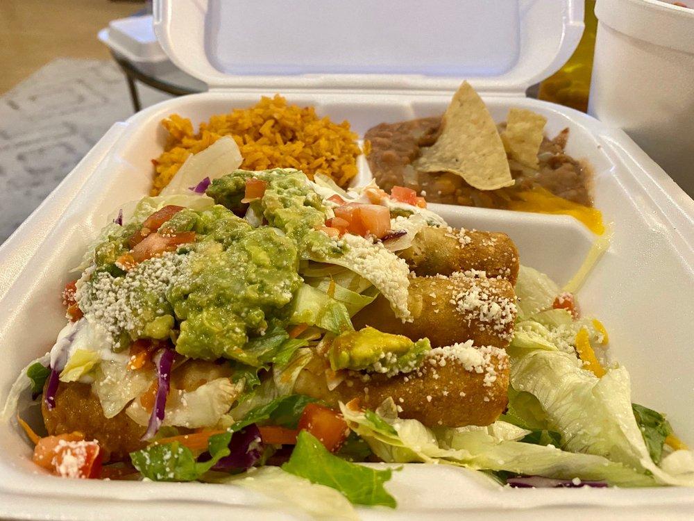 Las Palmas Mexican Food: 662 W Arrow Hwy, San Dimas, CA