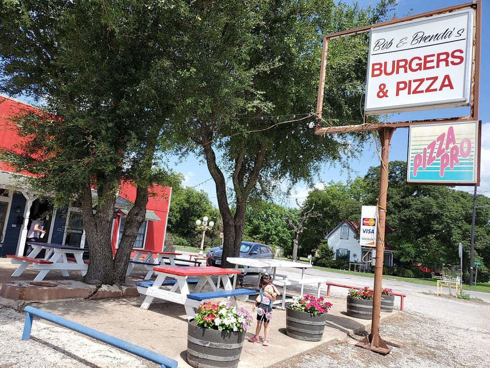 Bob and Brenda's Burgers and Pizza: 417 W Lubbock St, Gorman, TX