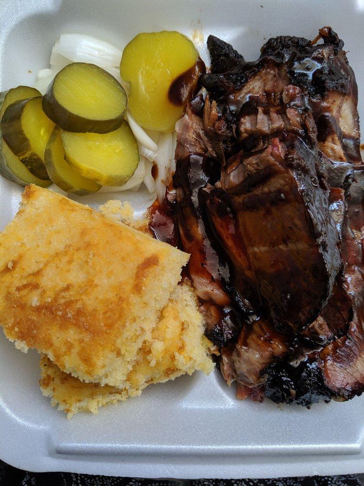 Big Boned BBQ: 7760 Hwy 165, Ravenel, SC