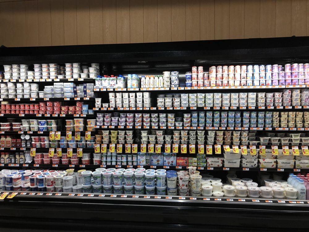Brookside Market: 874 Main St, Glastonbury, CT